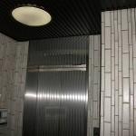 作業前エレベーター